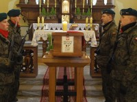 Zakroczym: Pochowali Nieznanego Żołnierza z 1939 roku