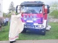 Łomna: Poświęcili nowy wóz ratowniczo – gaśniczy