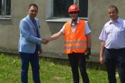 Henrysin: Wprowadzono firmę na plac budowy