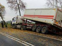 Pniewo: Wypadek samochodu ciężarowego