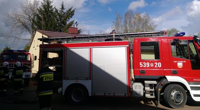 Broninek: Pożar poddasza domu jednorodzinnego