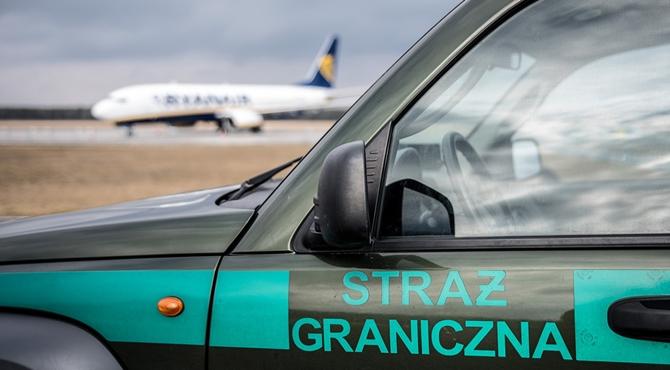 Lotnisko: Interwencja wobec nietrzeźwego pasażera