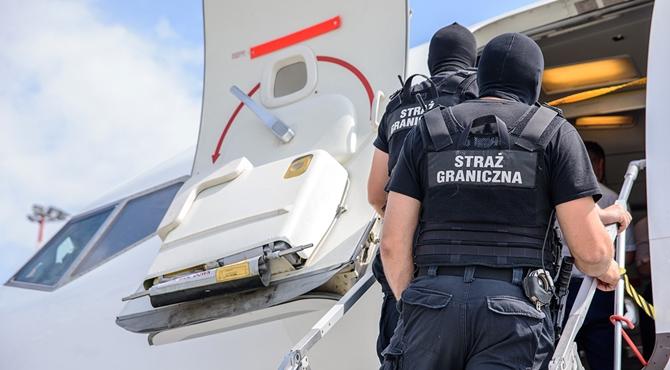 Lotnisko Modlin: Pijany 26-latek wszczynał awanturę