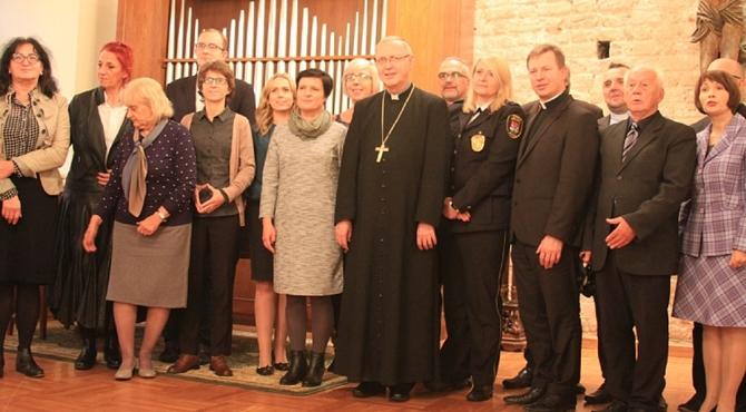 IX Podwieczorek biskupa płockiego z dziennikarzami