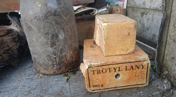Zakroczym: W opuszczonej komórce odkryli trotyl