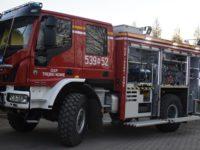 Trębki Nowe: Uroczyste przekazanie samochodu pożarniczego