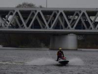 Nowy Dwór Maz: 39-latek skoczył z mostu
