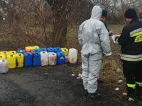 Kazuń Nowy: Tajemnicze beczki na działce przy DW579