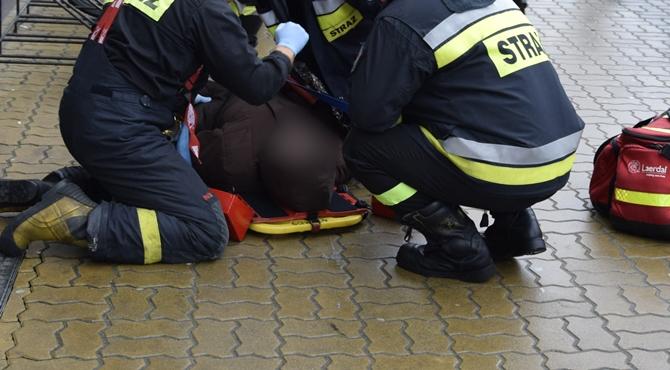 Nowy Dwór Maz: Nie było karetki, przyjechali strażacy