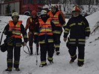 Modlin Twierdza: Strażacy ćwiczą ratownictwo wodne zimą