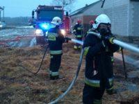 Zapiecki: Pożar stodoły. W akcji 7 strażackich zastępów