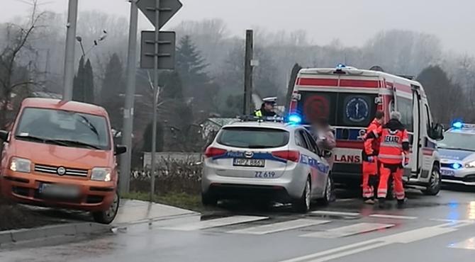 Nowy Dwór Maz: 86-letni kierowca potrącił na pasach 69-latkę