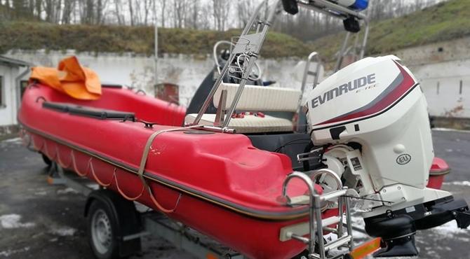 Modlin Twierdza: Nowy silnik dla wodnych strażaków