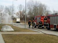 Nowy Dwór Maz: Wyciek gazu przy Centrum Handlowym