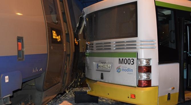 Rok w zawieszeniu dla kierowcy autobusu po zderzeniu z Pendolino